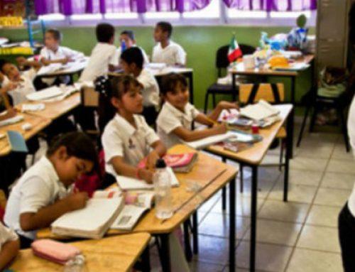 Gobierno propone que los niños lleven falda a la escuela.