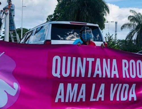 """""""¡Quintana Roo ama la vida!"""". Multitud marcha en Chetumal y exige respeto al derecho a la vida."""