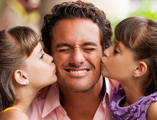 Una buena relación con el padre es fundamental para el éxito académico y personal de la mujer
