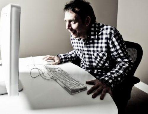 "ONU pretende avalar el ""sexting"" infantil"