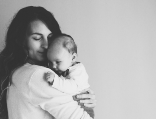 """Sustituyen el término """"madre"""" por el de """"persona que da a luz"""""""